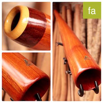 Photo du didgeridoo en Fa modèle dit de voyage